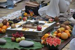 Fogo do sacrifício no casamento Vedic Fotos de Stock Royalty Free