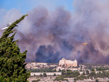 Fogo em Vitrolles, o 10 de agosto de 2016 Fotografia de Stock