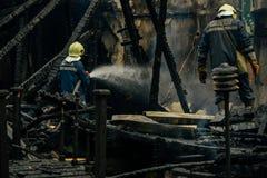 Fogo - extinguindo em Bulgária imagens de stock