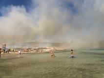 Fogo na praia Imagens de Stock Royalty Free
