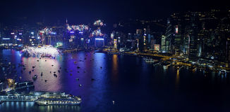 Fogos-de-artifício 2013 da contagem regressiva de Hong Kong Imagens de Stock Royalty Free