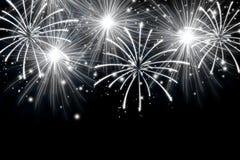Fogos de artifício abstratos no fundo escuro puro Efeito de fogos de artifício das faíscas fotos de stock royalty free