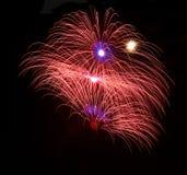Fogos-de-artifício azuis coloridos fundo, fogos-de-artifício festival, Dia da Independência, o 4 de julho, liberdade Fotografia de Stock
