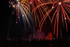 Fogos-de-artifício coloridos bonitos Imagens de Stock Royalty Free