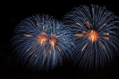 Fogos-de-artifício coloridos no fundo escuro 4 Foto de Stock