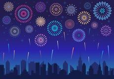 Fogos-de-artifício da cidade da noite Fogo de artifício da celebração do feriado, foguete festivo comemorado sobre o vetor da sil ilustração stock