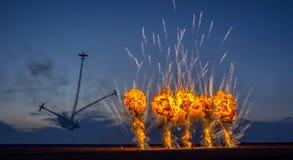 Fogos-de-artifício da noite na mostra de Aeromania Imagens de Stock Royalty Free