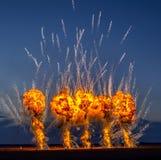 Fogos-de-artifício da noite na mostra de Aeromania Fotos de Stock