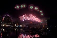 Fogos-de-artifício da ponte de porto de Sydney NYE Foto de Stock Royalty Free