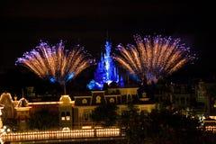 Fogos-de-artifício de Disneyland Resort Paris fotografia de stock