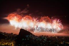 Fogos-de-artifício do ano novo em Copacabana Foto de Stock Royalty Free