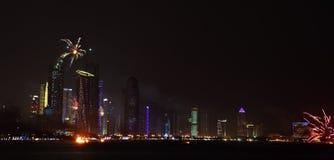 Fogos-de-artifício do dia nacional de Qatar em Doha Fotografia de Stock Royalty Free