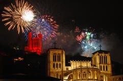Fogos-de-artifício do dia nacional em Lyon (France) Imagens de Stock Royalty Free