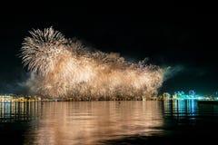 Fogos-de-artifício em Baku Azerbaijan Fotografia de Stock Royalty Free