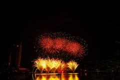 fogos-de-artifício em honra do Dia da Independência Fotos de Stock