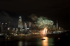 Fogos-de-artifício em Hudson River, New York City Fotografia de Stock
