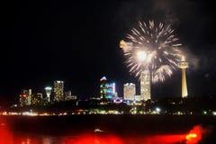 Fogos-de-artifício em Niagara Falls Imagens de Stock