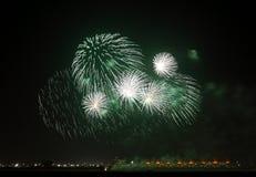 Fogos-de-artifício F1 no circuito Barém no dia nacional Imagem de Stock Royalty Free