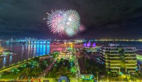 Fogos-de-artifício no cais de Nha Rong Imagem de Stock Royalty Free