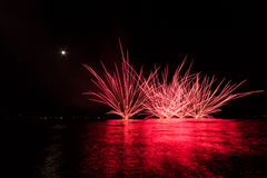 Fogos-de-artifício no mar Foto de Stock Royalty Free