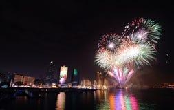 Fogos-de-artifício no riparian de Kaohsiung Foto de Stock Royalty Free