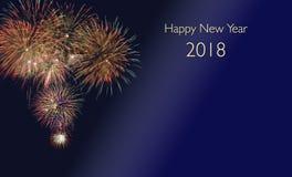Fogos-de-artifício no silvester e em anos de véspera novos 2018 Fotografia de Stock