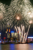 Fogos-de-artifício opinião de Hong Kong, Victoria Fotos de Stock Royalty Free