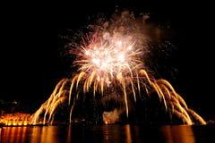 Fogos-de-artifício sobre o mar de Rapallo, ele Fotografia de Stock