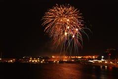 Fogos-de-artifício sobre o porto Imagem de Stock