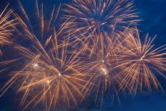 Fogos-de-artifício no céu Fotografia de Stock