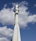 Foguete de espaço no céu Imagens de Stock Royalty Free