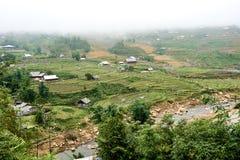 Fogy-Landschaft von Ricefields in Laochai-sapa valey in Vietnam Sapa, Vietnam - 22 mai 2019 stockbilder