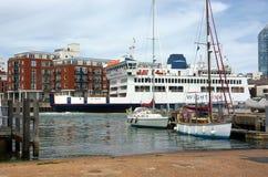 Foi de St de syst?me mv, voiture de Wightlink et ferry-boat transportant des passagers photos libres de droits