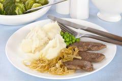 Foie et oignons avec de la purée de pommes de terre Photo stock