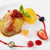 Foie Gras με τη φρυγανιά και το βερίκοκο Στοκ φωτογραφίες με δικαίωμα ελεύθερης χρήσης