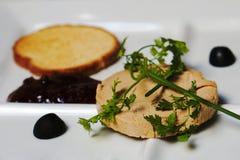 Foie gras i en restaurang arkivbild
