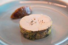 Foie Gras på en restaurangplatta royaltyfria bilder