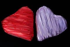 Deux coeurs de chocolat. Photos stock