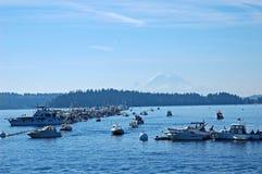 Foire de mer et Mt plus pluvieux, Seattle Photographie stock libre de droits