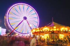 Foire régionale exposition de grande roue de nuit à la longue Photos libres de droits