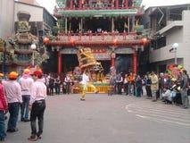 Foire traditionnelle de temple autour de l'événement - parapluie de God's images stock