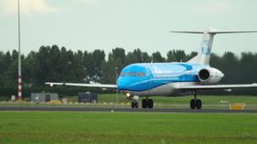 Fokker 70 KLM Cityhopper επιταχύνει φιλμ μικρού μήκους