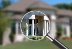 Fokus auf Grundbesitz lizenzfreie stockfotos