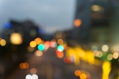 Fokuserad/suddig bild för De av ljus Suddighet lampor Ljus bokeh Fotografering för Bildbyråer