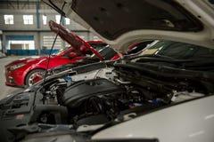 Fokusmotor av den motoriska bilen underhåll och kontroll upp begrepp motor- och maskinmedel bild för objekt Royaltyfri Bild