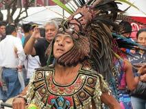 Fokussierter Straßen-Tänzer stockfoto