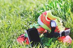 Folâtrez la montre, courroie de coffre d'un moniteur de fréquence cardiaque Photographie stock libre de droits