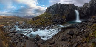 Folaldafosswaterval in de oostelijke fjorden royalty-vrije stock foto's