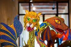 Folclore mexicano tradicional do alebrije da arte foto de stock