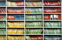 Free Folders In A Shelf Royalty Free Stock Images - 5322669